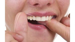 Passagem fio dental